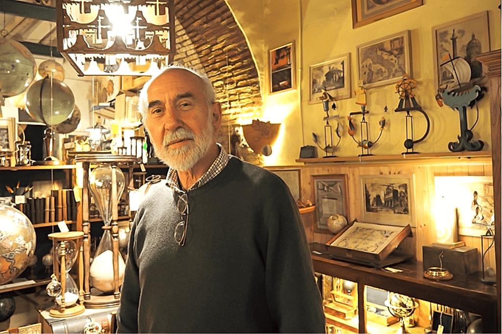 アンティークな天体雑貨が素敵!ローマで優しい時間を紡ぐ職人工房「Polvere di Tempo」